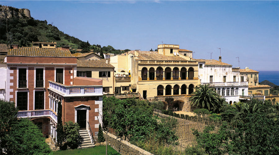 Indiano houses in Begur
