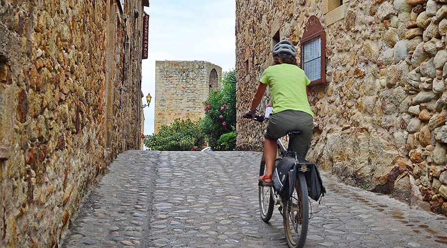 Cycle tourism in the old town